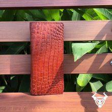 Ví cầm tay nam da cá sấu đựng iphone BT0408